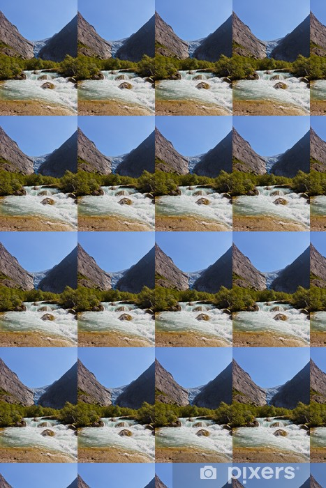 Vinyltapete nach Maß Wasserfall in der Nähe von Briksdal Gletscher - Norwegen - Urlaub