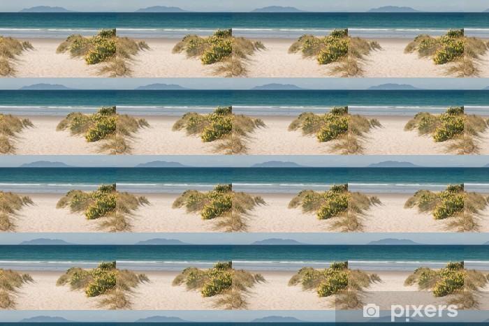 Carta da parati in vinile su misura Gialli fiori di lupino cresce su Omaha Beach - Acqua
