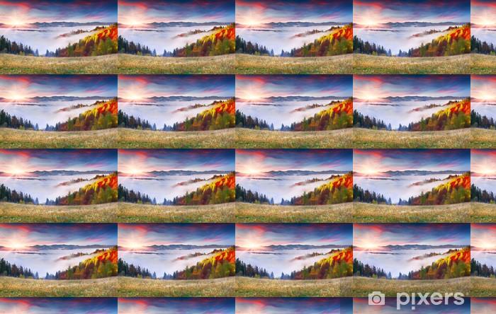 Tapeta na wymiar winylowa Kolorowa jesień świt w Karpatach - Pory roku
