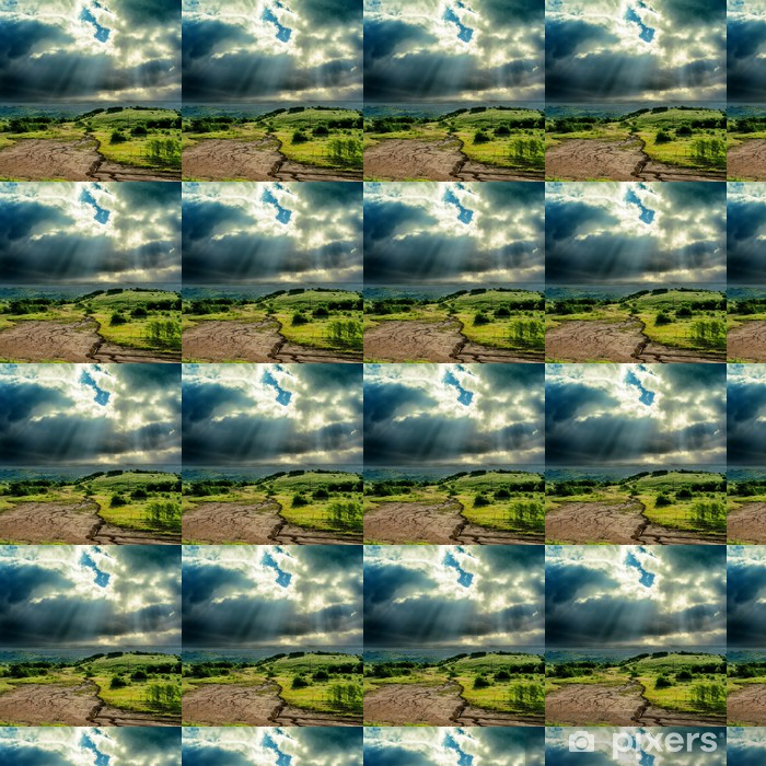 Carta da parati in vinile su misura Drammatica cielo scuro sopra la montagna con l'erosione - Cielo