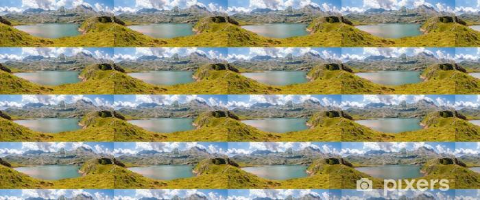 Vinylová tapeta na míru Panorama Estanes jezera ve španělských Pyrenejích - Evropa