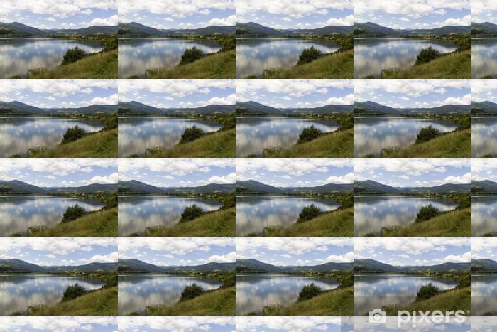 Papier peint vinyle sur mesure Lac montagne - Eau