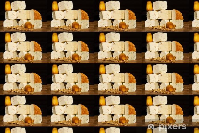 Tapeta na wymiar winylowa Kolekcja ser z orzechami na drewnianym stole - Tematy
