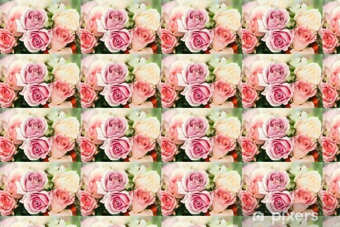 Vinyl behang, op maat gemaakt Roze kunstmatige rozen close up - Thema's