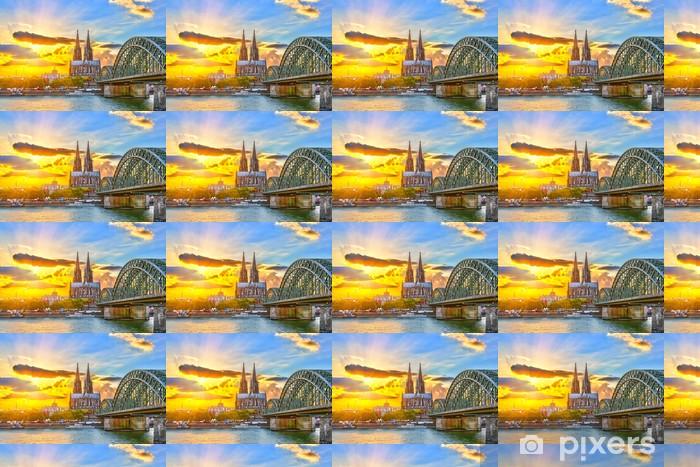 Vinyltapete nach Maß Köln bei Sonnenuntergang - Themen