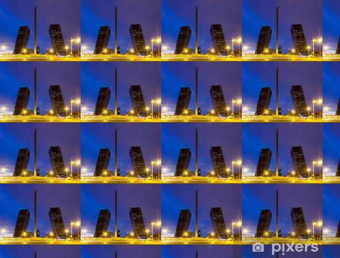 Tapeta na wymiar winylowa Plaza de Castilla w nocy. Madryt - Miasta europejskie
