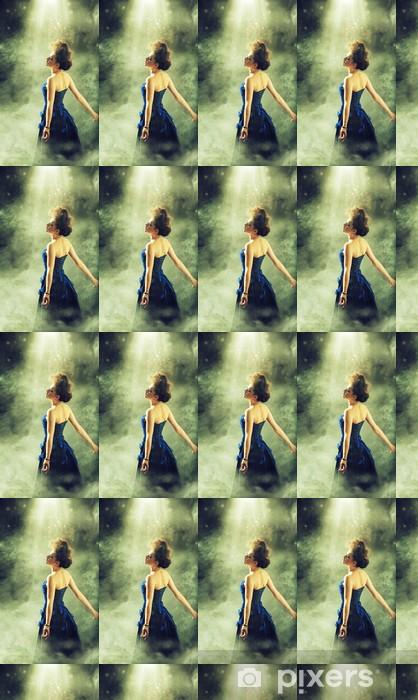 Papier peint vinyle sur mesure Étoiles Jolie femelle pendant l'exécution - Femmes