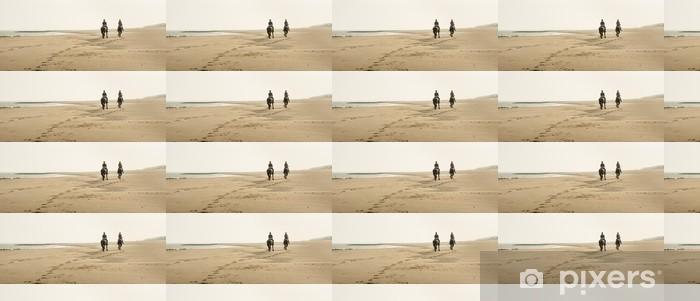 Tapeta na wymiar winylowa Jazda konna na plaży wcześnie rano - Pory roku