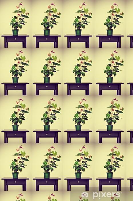 Vinyltapete nach Maß Flamingo Lilie auf einem Tisch mit einem retro-Effekt - Blumen