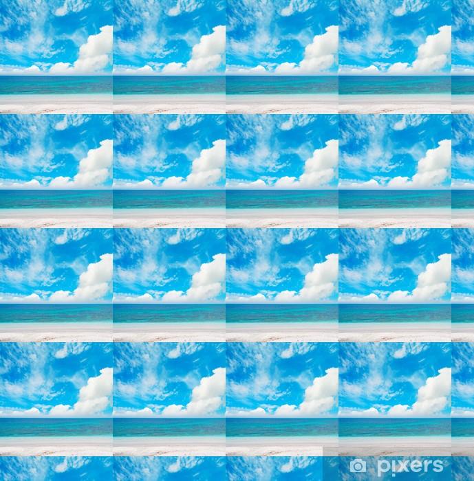 Vinyl behang, op maat gemaakt Blauwe zee onder wolken - Europa