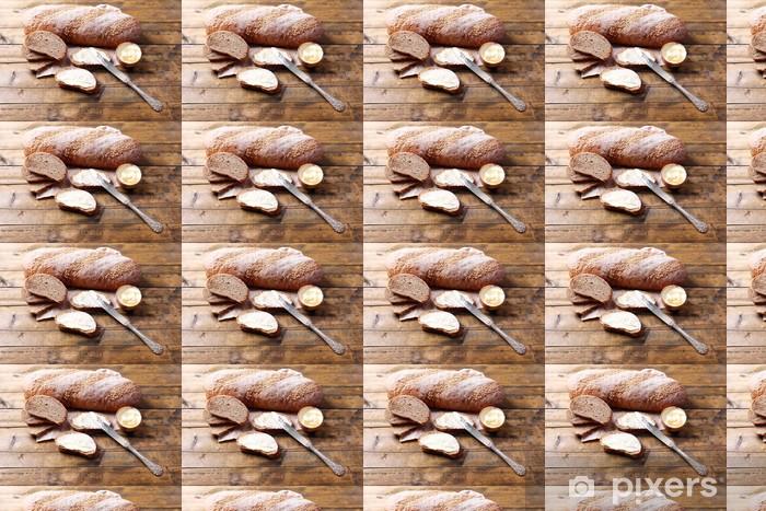 Vinyltapete nach Maß Frisches Brot und hausgemachte Butter auf Holzuntergrund - Themen