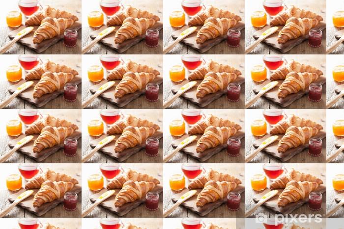 Tapeta na wymiar winylowa Świeże rogaliki z dżemem na śniadanie - Posiłki