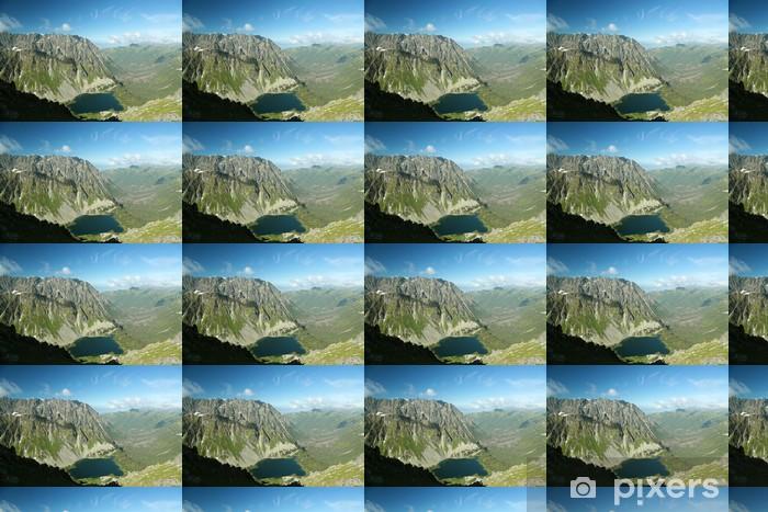 Tapeta na wymiar winylowa Widok z góry na góry i stawem w dolinie - Tematy