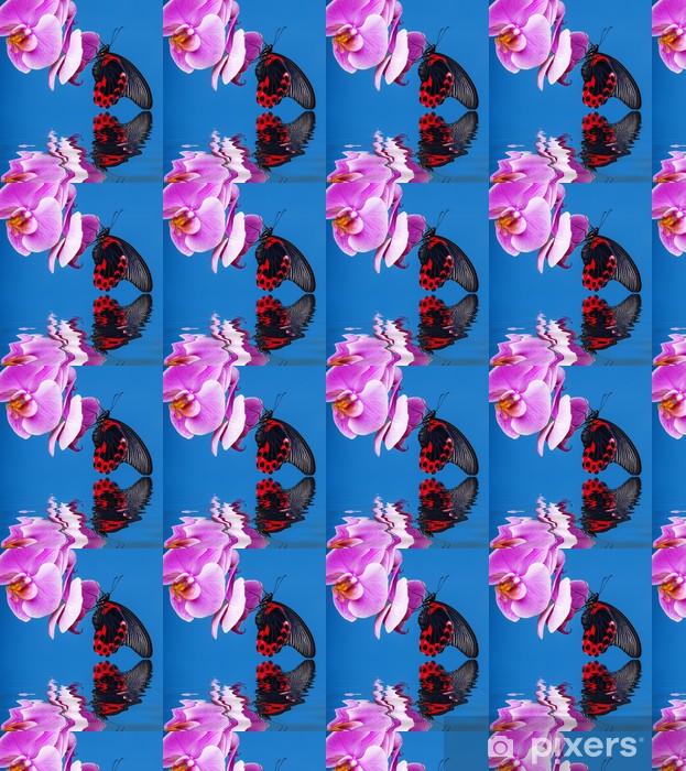 Papier peint vinyle sur mesure Papillon exotique assis sur un fond bleu orchidée - Thèmes
