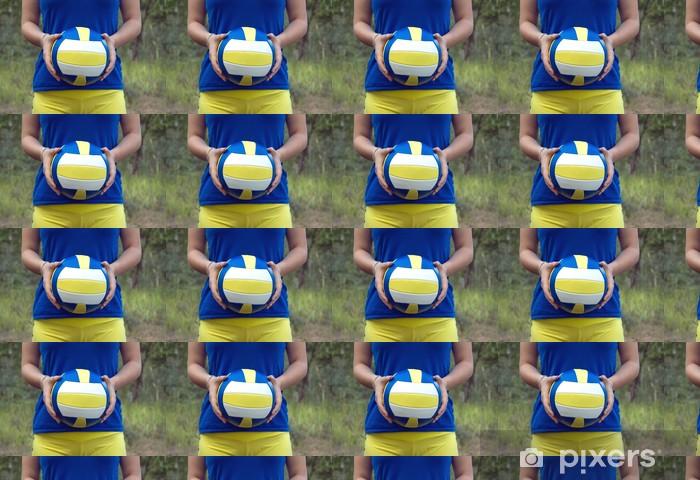 Tapeta na wymiar winylowa Dziewczyna gospodarstwa kolorowe sportowe piłki do siatkówki z bliska - Tematy