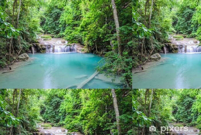 Vinylová Tapeta Krásný hluboký les vodopád Erawan vodopádu v Kanchabur - Témata