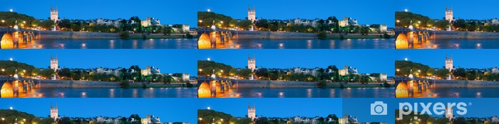 Vinylová Tapeta Panorama Angers v noci - Evropa