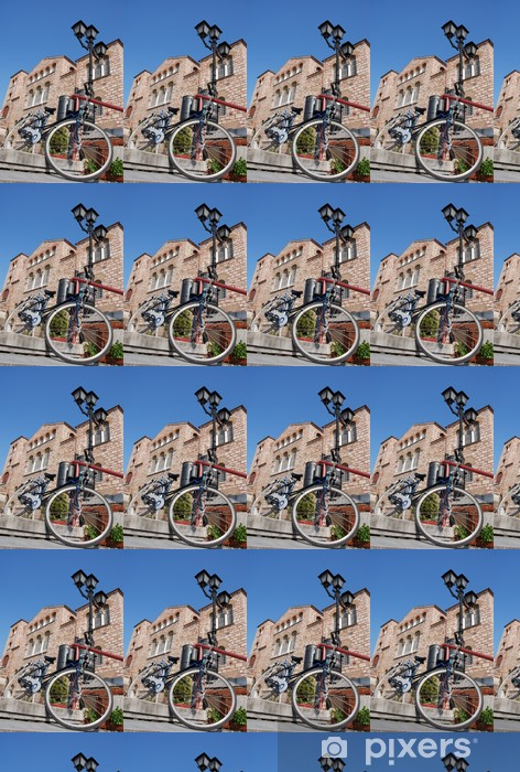 Vinyltapete nach Maß Fahrrad auf der Treppe vor Achurch - Religion