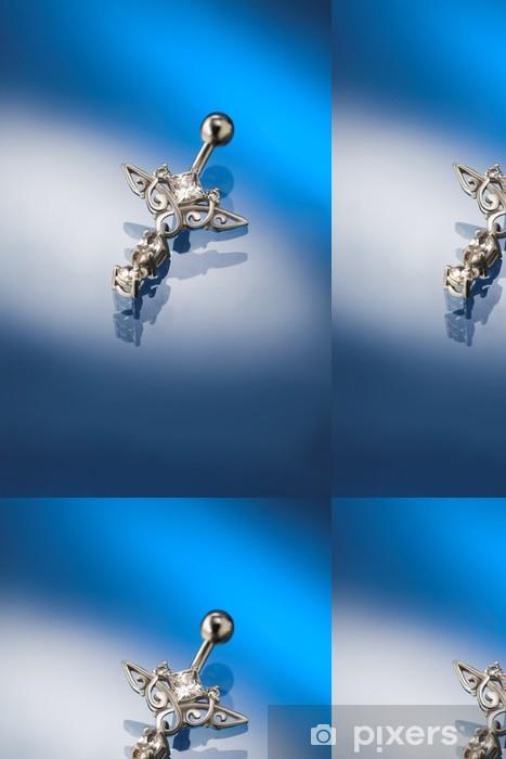 Vinyltapete Weißgold Piercing mit Diamanten besetzt - Fashion