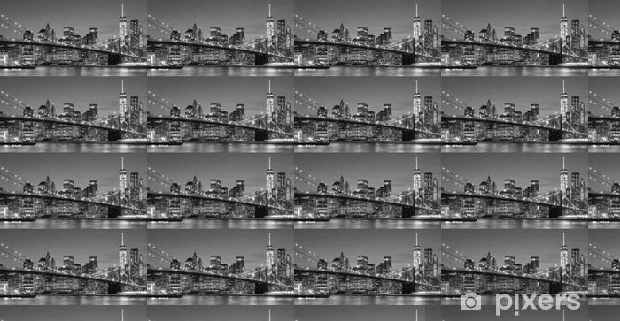 Vinylová tapeta na míru Černá a bílá Manhattan nábřeží v noci, NYC. - Cestování