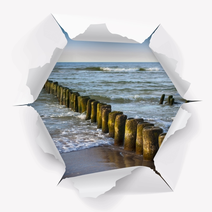 Fototapeta winylowa Dziura w ścianie - Zachód słońca nad Bałtykiem - Dziury w ścianie