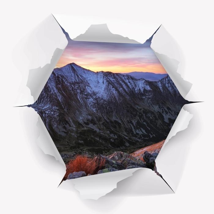 Fototapeta winylowa Dziura w ścianie - Tatry - Dziury w ścianie