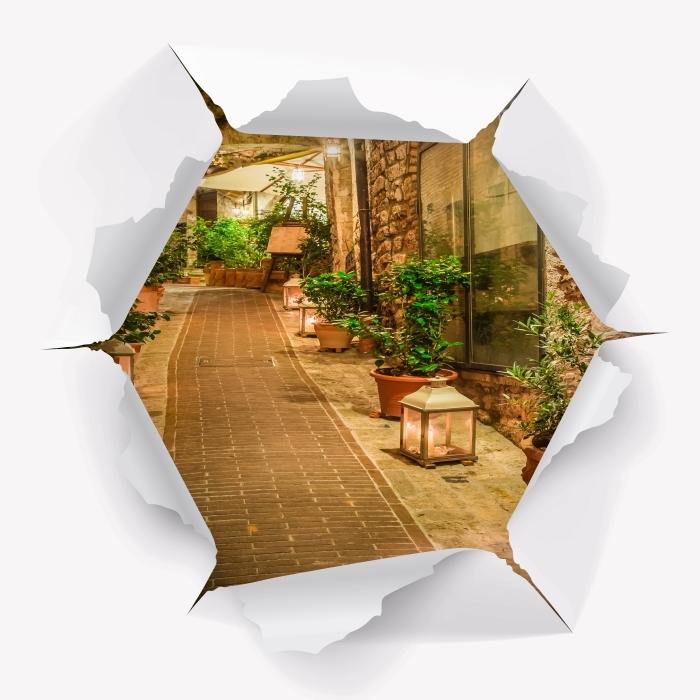 Fototapeta winylowa Dziura w ścianie - Ulica we Włoszech - Dziury w ścianie