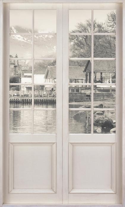 Fototapeta winylowa Białe drzwi - Lake District - Widok przez drzwi