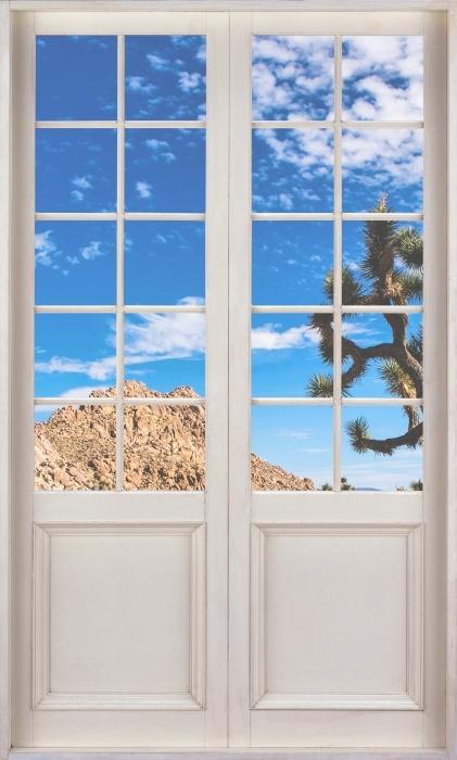 Vinyl-Fototapete Weiße Tür - Nationalpark in Kalifornien - Blick durch die Tür