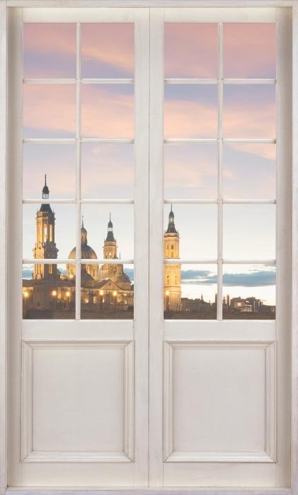 Carta da Parati in Vinile Porta bianca - Cattedrale. La Spagna. - Vista attraverso la porta
