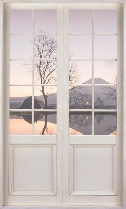 Papier peint vinyle Porte Blanche - Mont Fuji - La vue à travers la porte