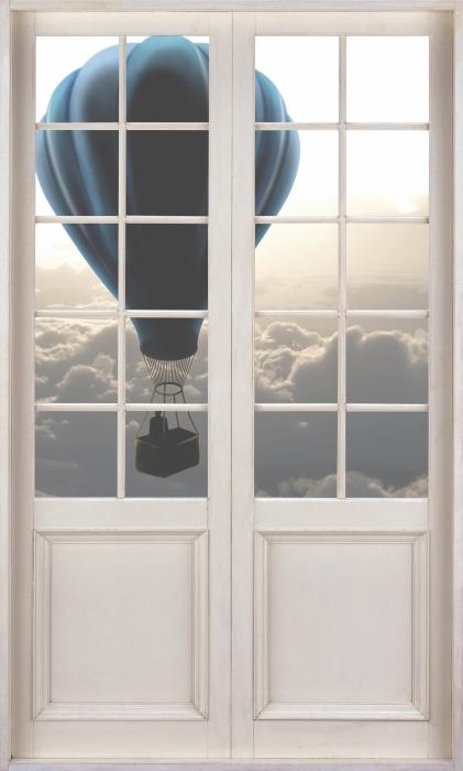 Vinyl-Fototapete Weiße Tür - Luftballon in den Himmel - Blick durch die Tür