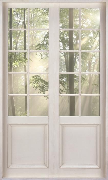 Vinyl-Fototapete Weißer Tür - Nebel am frühen Morgen in Wald - Blick durch die Tür