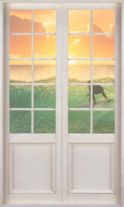 Vinyl-Fototapete Weiße Tür - Surfen - Blick durch die Tür