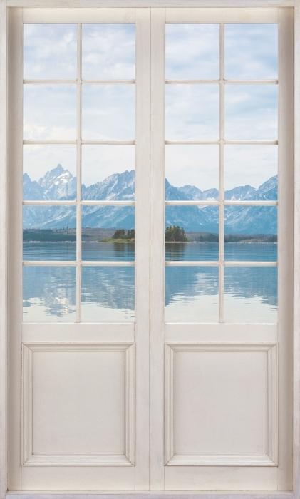 Vinyl Fotobehang White door - Grand Teton National Park - Uitzicht door de deur