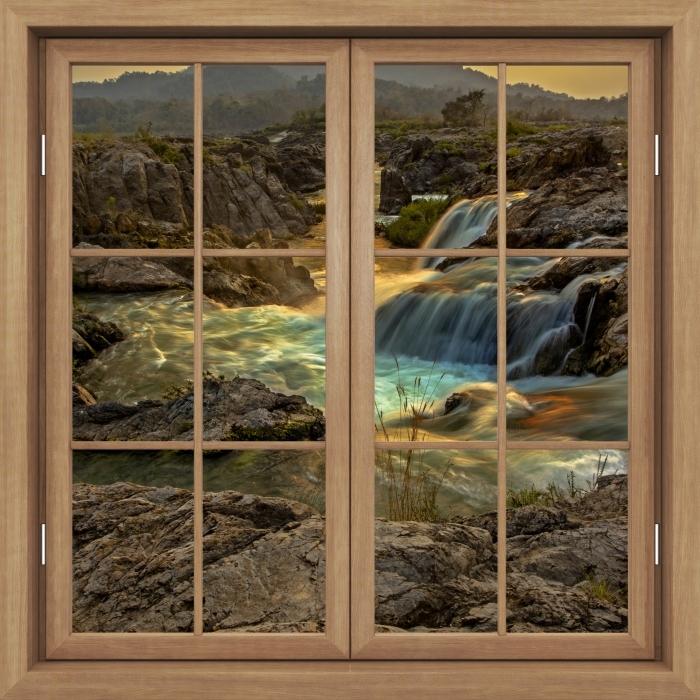 Vinyl Fotobehang Brown raam gesloten - Waterval - Uitzicht door het raam