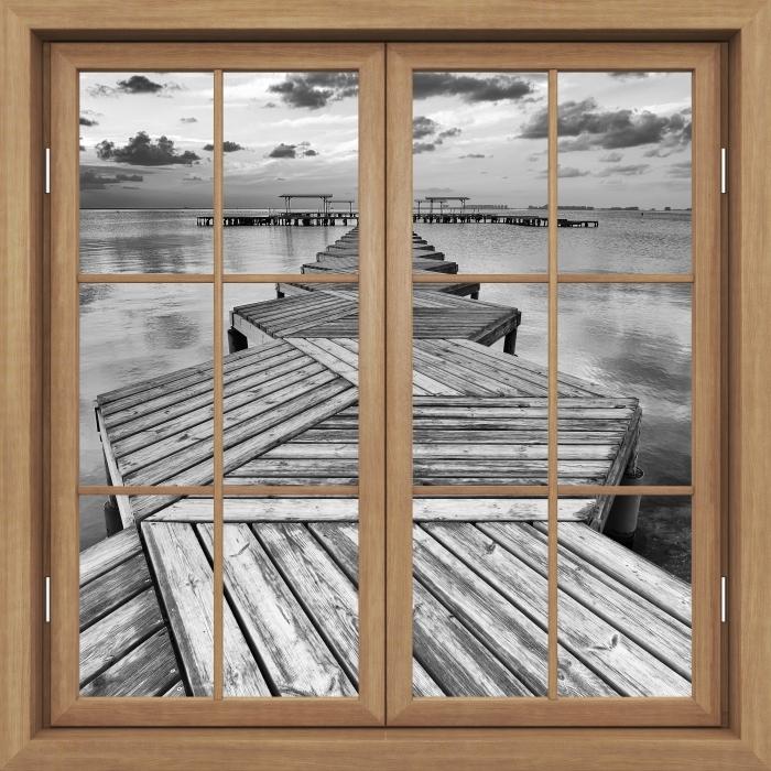 Carta da Parati in Vinile Finestra marrone chiusa - Marina - Vista attraverso la finestra