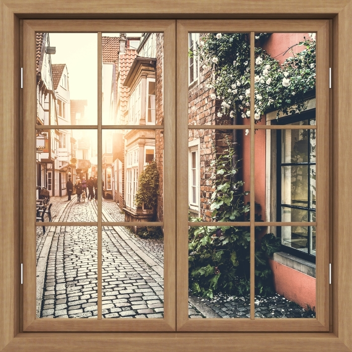 Fototapeta zmywalna Okno brązowe zamknięte - Stare ulice - Widok przez okno