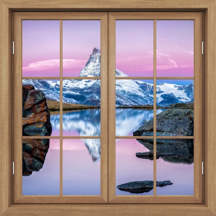 Fototapeta winylowa Okno brązowe zamknięte - jezioro i góry - Widok przez okno