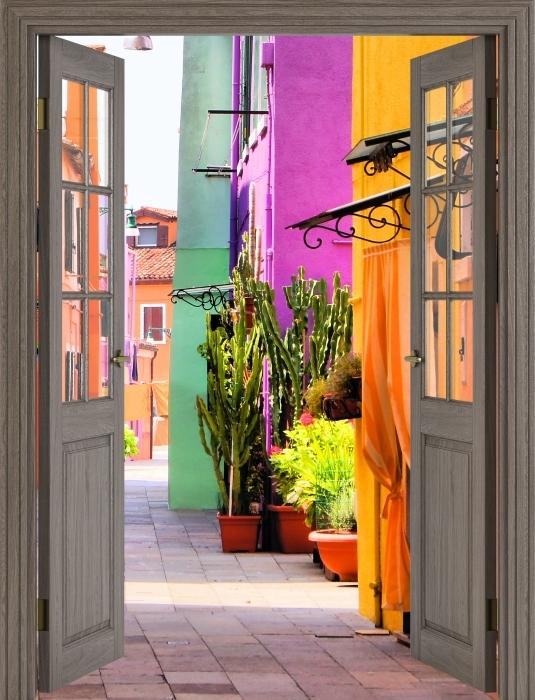 Papier peint vinyle Brown porte - rue colorée à Burano. Italie. - La vue à travers la porte