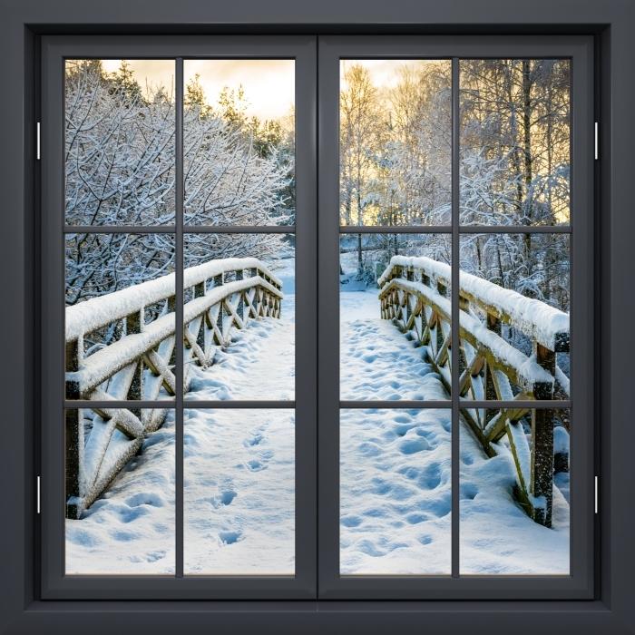 Fototapeta winylowa Okno czarne zamknięte - Zimowy most - Widok przez okno