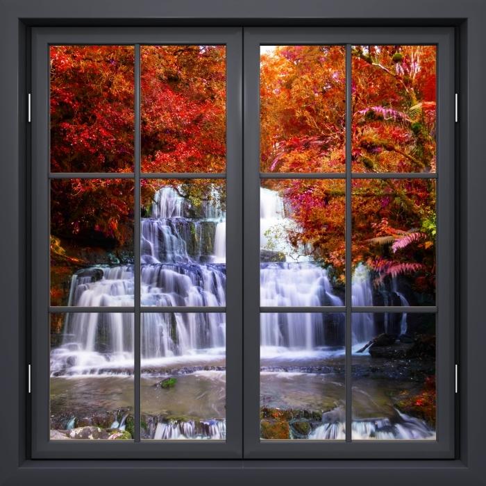 Fototapeta winylowa Okno czarne zamknięte - Wodospad w dżungli. Nowa Zelandia - Widok przez okno