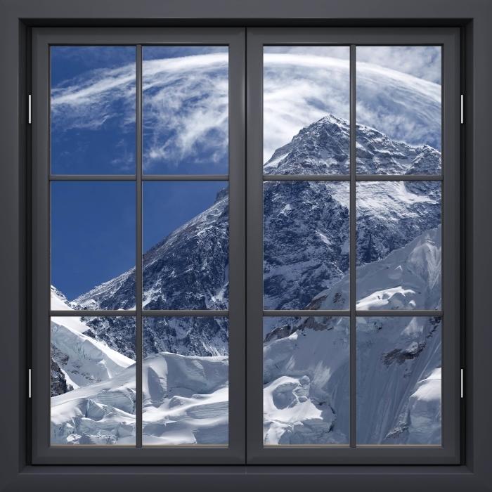 Papier peint vinyle Fenêtre Noire Fermée - Le Mont Everest - La vue à travers la fenêtre