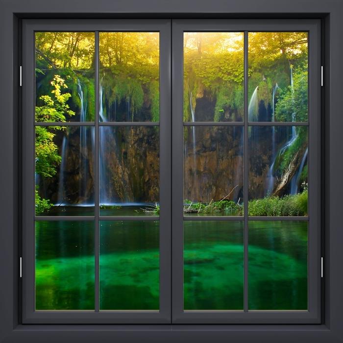 Carta da Parati in Vinile Finestra Nera Chiusa - Laghi Di Plitvice. Croazia. - Vista attraverso la finestra