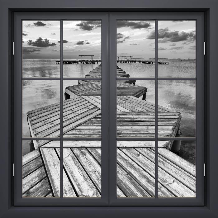 Papier peint vinyle Fenêtre Noire Fermée - Marina - La vue à travers la fenêtre