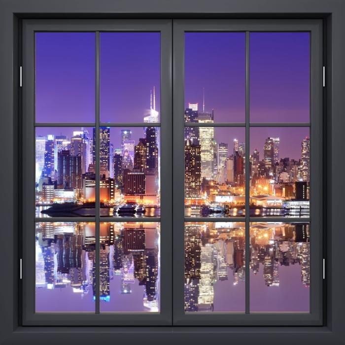 Papier peint vinyle Fenêtre Noire Fermée - Manhattan - La vue à travers la fenêtre