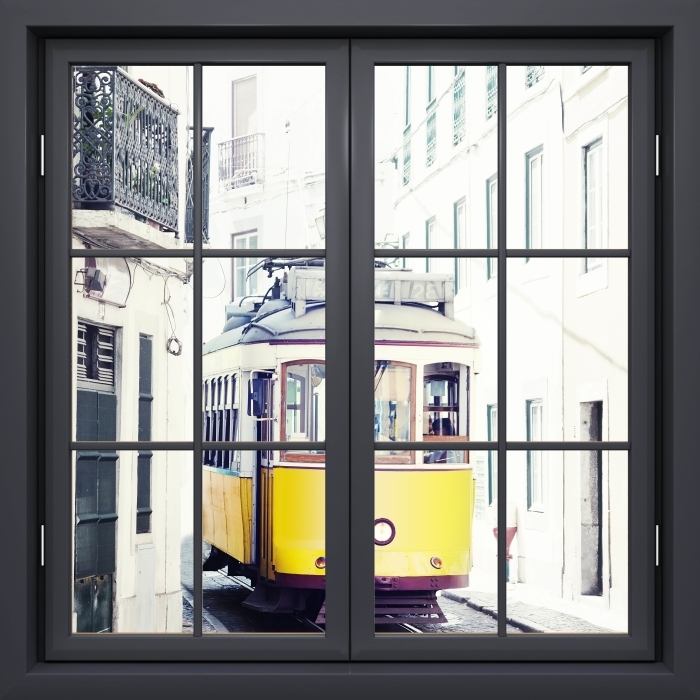 Papier peint vinyle Fenêtre Noire Fermée - Lisbonne - La vue à travers la fenêtre