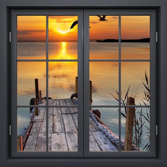 Fototapeta winylowa Okno czarne zamknięte - Jezioro - Widok przez okno