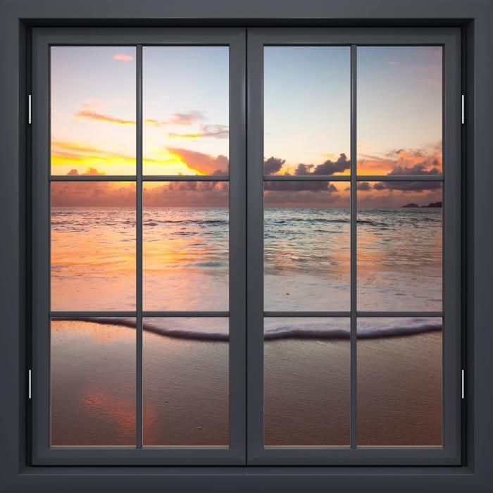 Papier peint vinyle Fenêtre Noire Fermée - Coucher De Soleil - La vue à travers la fenêtre