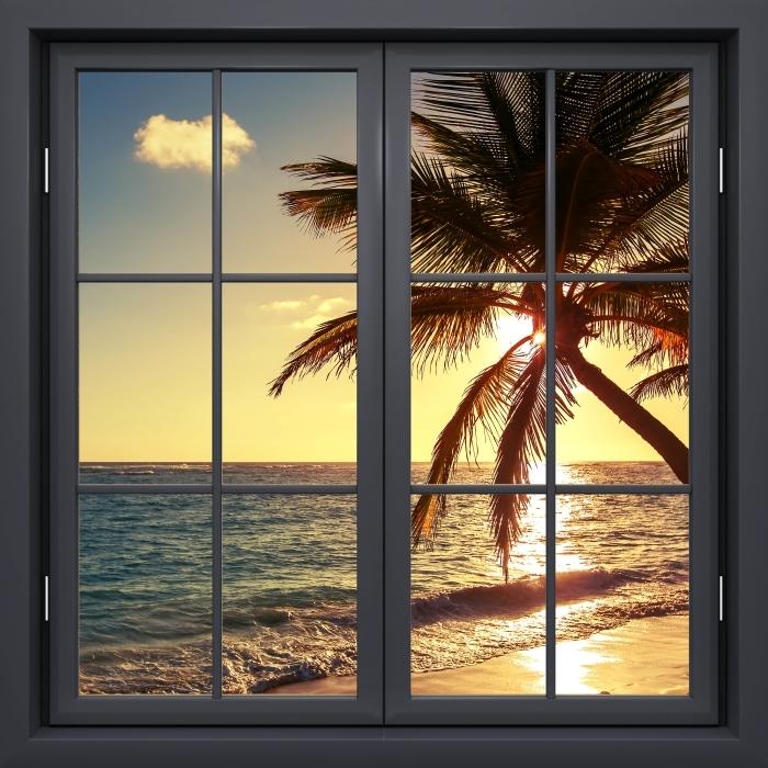 Papier peint vinyle Fenêtre Noire Fermée - Palmiers Sur Une Plage Tropicale - La vue à travers la fenêtre